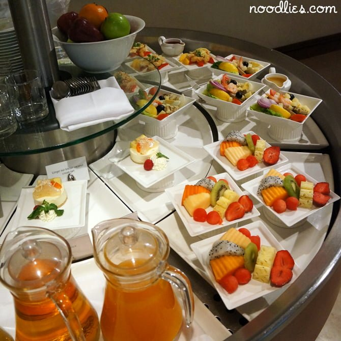 Emirates Business Class Lounge, Bangkok, Thailand