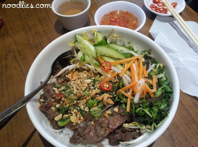 Diem Hen, Vietnamese, Canley Heights