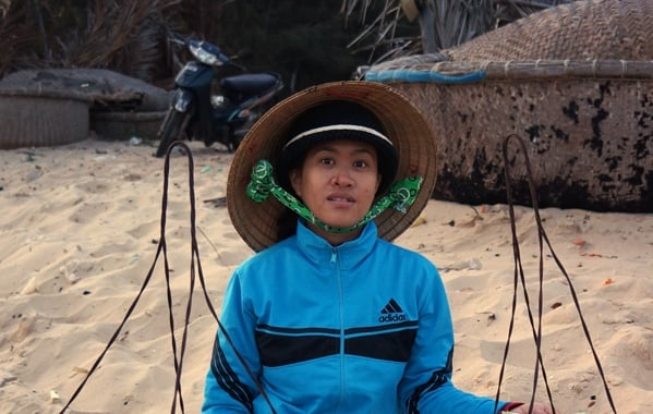 Vietnam Faces: Woman on the beach, Mui Ne